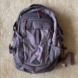 PERFECT CONDITION The North Face Router backpack!
